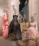Oscar de la Renta at the de Young